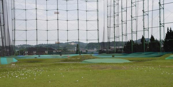 ゴルフ場の球拾いのアルバイト